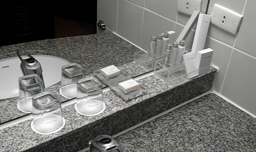 2013-05-04toiletries-dusit-princess-korat